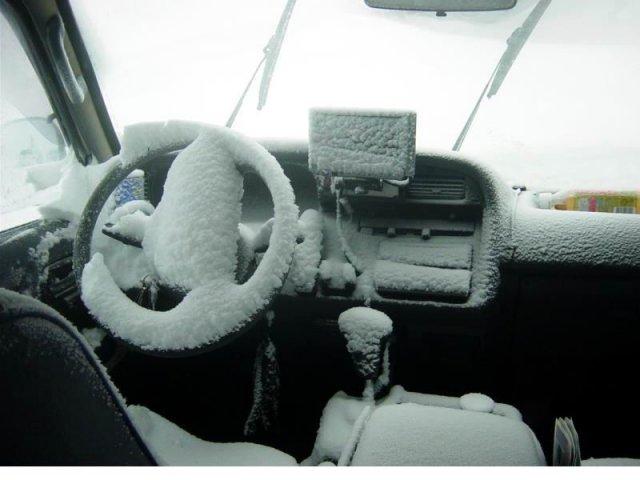 Как отогреть автомобиль зимой