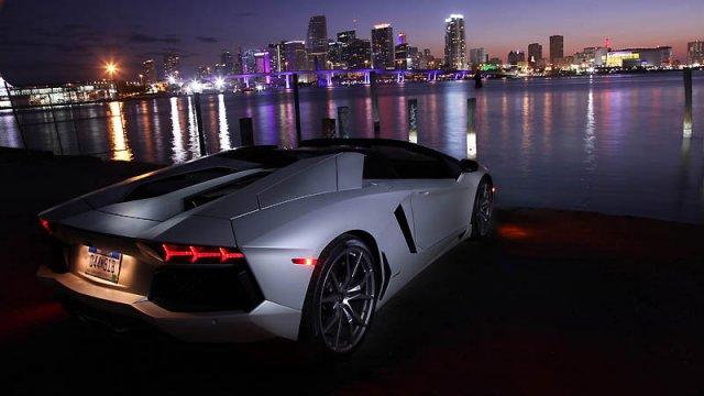 Опубликован список автомобилей, попадающих под налог на роскошь