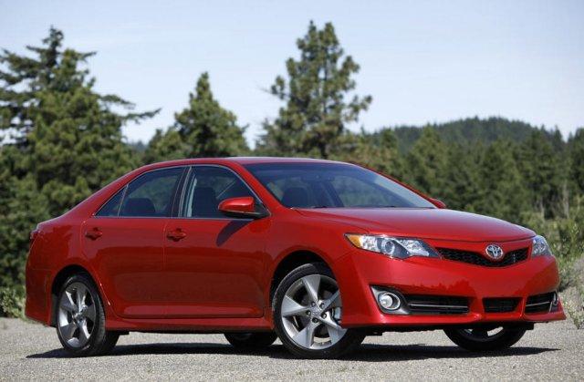 Американская Toyota Camry подвергнется обновлению
