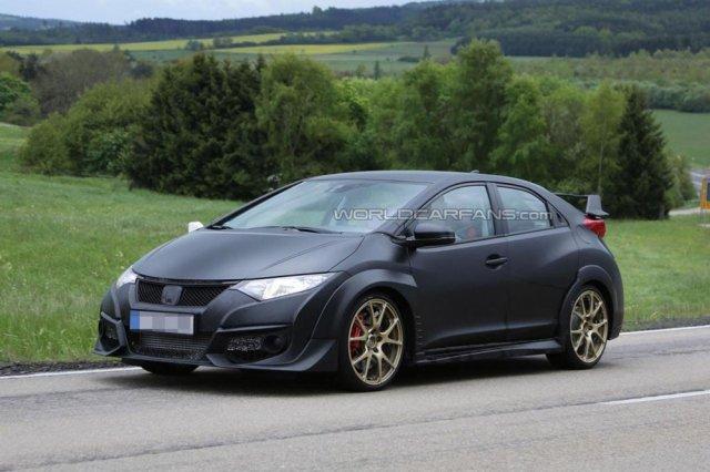 Honda Civic Type-R без камуфляжа