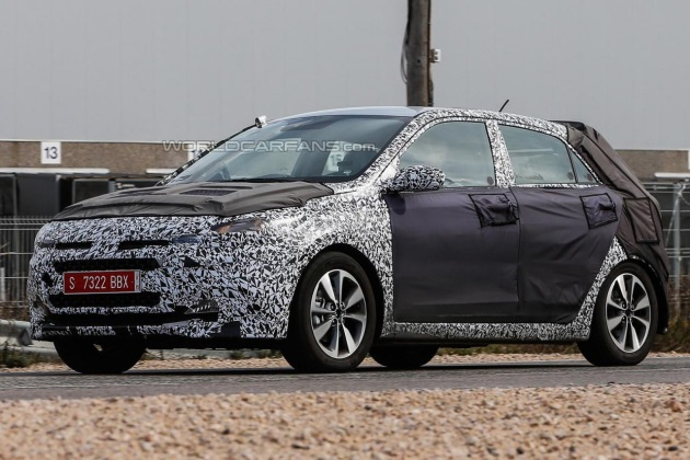 Hyundai обновит i20