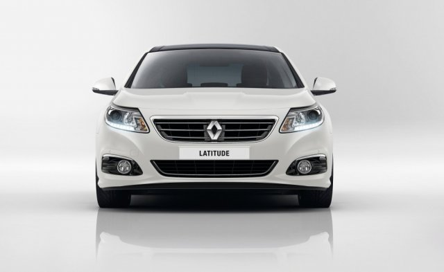Обновленный Renault Latitude в России
