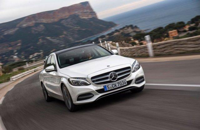 Mercedes-Benz отзывает 2015 C-Class