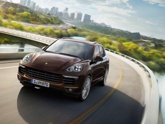 В России начались продажи обновленного Porsche Cayenne