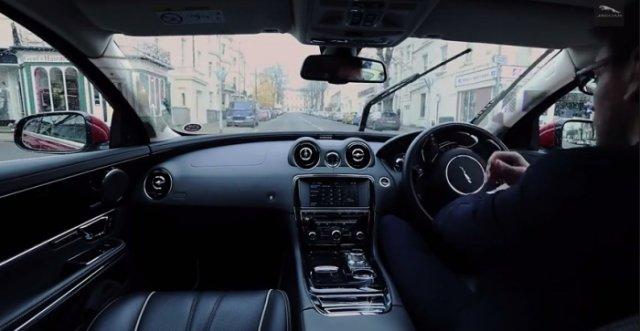Прозрачные стойки кузова от Jaguar Land Rover