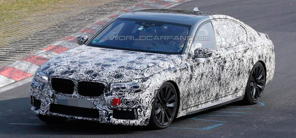 Первые фотографии спортивной версии новой BMW 7-Series