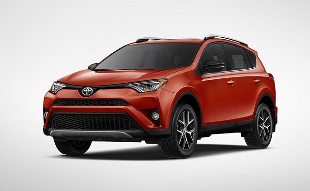 Toyota RAV4 после обновления стала гибридом