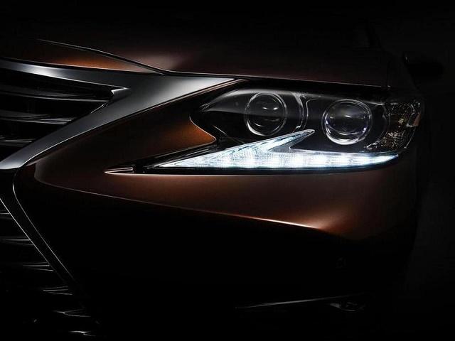 Lexus готовит к премьере рестайлинговый седан ES