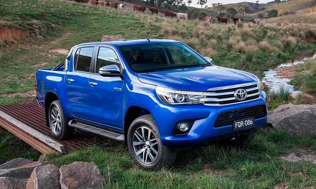 Toyota представила пикап Hilux нового поколения