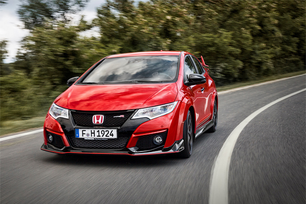 Разгон Honda Civic Type R до 200 км/ч сняли на видео