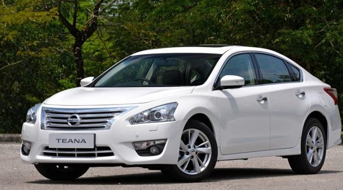 Nissan останавливает производство Teana в России