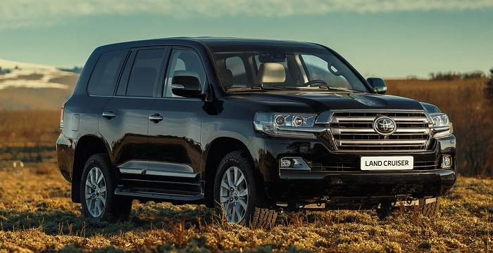 Обновленный Toyota Land Cruiser 200: В России начались продажи