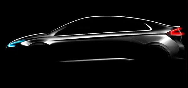 Hyundai показал тизер конкурента Prius