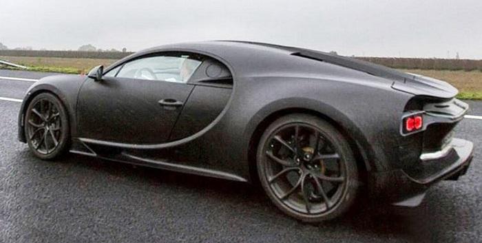 Bugatti Chiron: Видео в сети на 3 месяца раньше премьеры