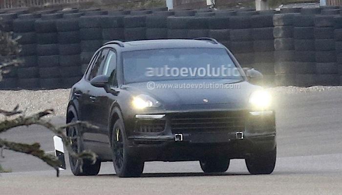 Porsche Cayenne нового поколения замечено на тестах
