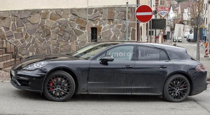 Porsche Panamera: Универсал замечен на дороге