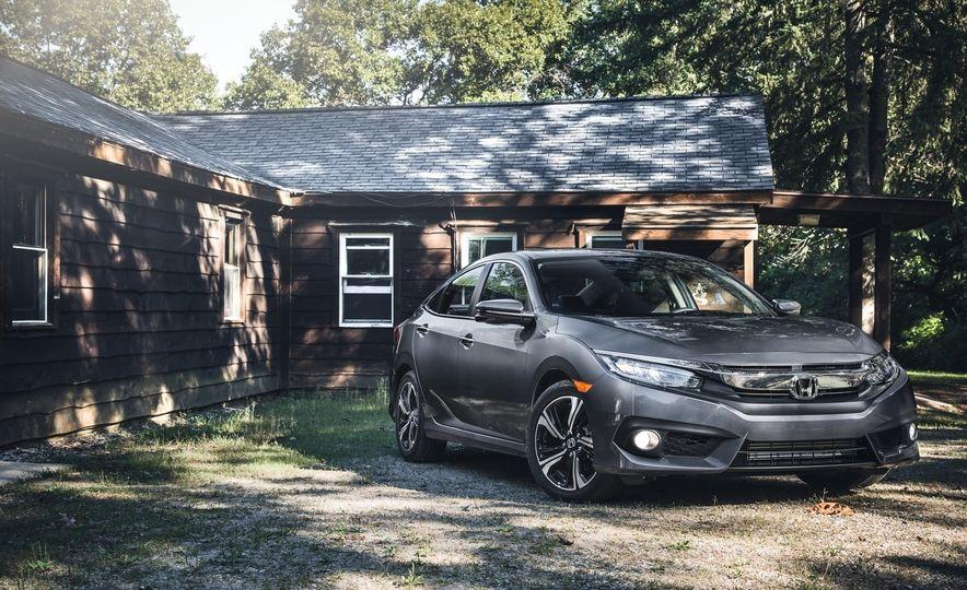 фото новый Honda Civic Sedan 2016-2017 года