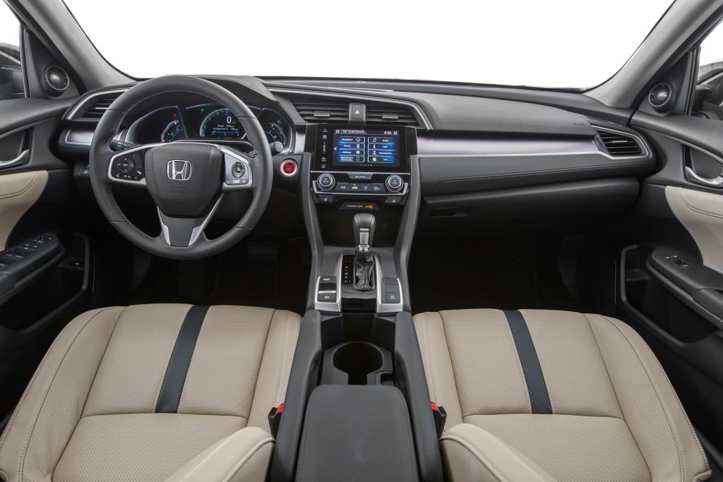 фото салон Honda Civic Sedan 2016-2017 года