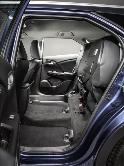 фотографии салона Honda Civic Tourer 2014 года