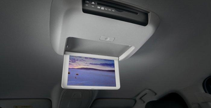 Как самому установить потолочный монитор в салон автомобиля.